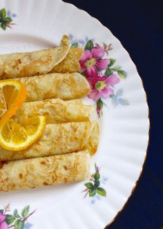 half plate pancakes and lemon
