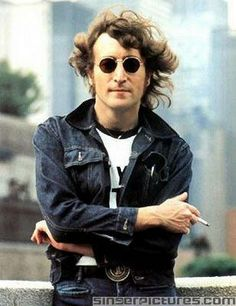 John Lennon NYC. | Inspiration for Rooftop artwear t-shirts, accesories and home objects. www.rooftopco.com