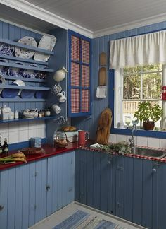 DreamDecorDesign.com <3 Country Blue Kitchen