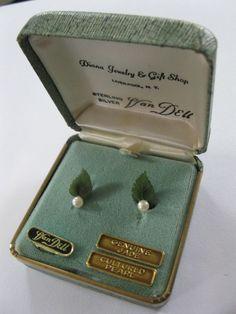 Vintage Van Dell Sterling 12K Gold filled signed Jade earrings screw back Box #VanDell