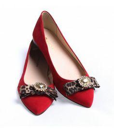 Sapatilha veludo laço vermelha Sapatilha Shop (Ref: 5408)  http://www.sapatilhashop.com.br/sapatilhas/sapatilha-veludo-laco-vermelha-sapatilha-shop.html