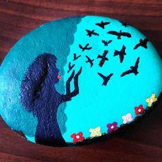 #paintedstones #painting #drawing #birds #stones #artist
