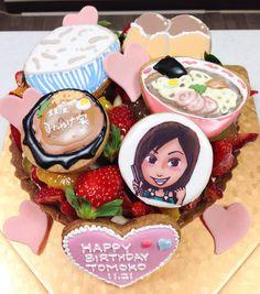 三宅智子さんのバースデーモリモリフルーツタルト Birthday Cake, Cakes, Portrait, Desserts, Food, Tailgate Desserts, Birthday Cakes, Deserts, Mudpie