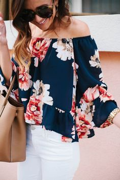 Stitch fix spring fashion trends 2016 Off shoulder floral top white jeans oversized sunnies nude tote(Off The Shoulder Top Outfit) Spring Summer Fashion, Spring Outfits, Spring Clothes, Spring Style, Spring Wear, Spring Dresses, Holiday Clothes, Short Dresses, Off The Shoulder Top Outfit