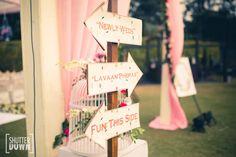 Customized Signs!  [NIKITA + SAHIL, Delhi Wedding]