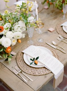 tabletop: raffia charger, citrus, neutral tones, simple (switch silverware to gold)