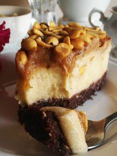 Flan with chanterelles - Healthy Food Mom Vegan Cheesecake, Vegan Cake, Healthy Cake, Healthy Sweets, Gourmet Recipes, Cake Recipes, Vegan Biscuits, Eat Happy, Biscuit Cake