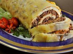 Rocambole de Batata - Veja mais em: http://www.cybercook.com.br/receita-de-rocambole-de-batata.html?codigo=77515