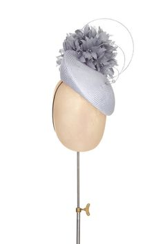 Fendi Women's Dot Com Handbag with Blue Clutch Black Fascinator Hats, Fascinators, Headpieces, Sinamay Hats, African Hats, Flapper Hat, Blue Clutch, Races Fashion, Head Jewelry