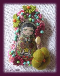 Love this little one! Amazing embellishments! ~ ♥