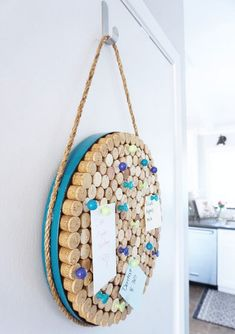 You can make a DIY Cork Board in any shape or size. You just need some wine cork… You can make a DIY Cork Board in any shape or size. You just need some wine corks, a frame, and a little time to create your own custom DIY Cork Board. Wine Craft, Wine Cork Crafts, Wine Bottle Crafts, Wine Bottle Corks, Handmade Home Decor, Diy Home Decor, Diy Decoration, Diy Crafts For Bedroom, Diy Cork Board