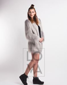 Coat Emma in Wool with Faux Fur Grey Yeti applications Vegan Fashion, Single Piece, Faux Fur, Fur Coat, Wool, Grey, Jackets, Fur, Weaving