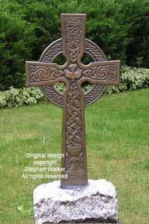 This is considered a pagan symbol, though the Celtic cross was not originally shaped like this. The southern point was elongated when Christianity was brought to the Celts to appear like the cross the man Jesus was nailed upon. Celtic Cross Tattoos, Celtic Art, Celtic Crosses, Celtic Designs, Cross Designs, Celtic Patterns, Catrina Tattoo, Pagan Symbols, Templer