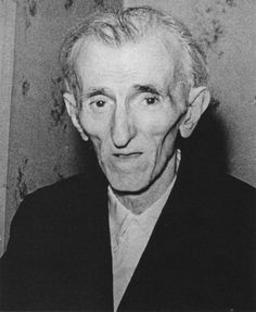 Last picture of Nikola Tesla 1943. Tesla died alone in room 3327 of the New Yorker Hotel on 7 January 1943
