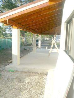 Particolare tetti in legno con struttura lamellare