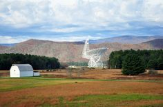 Green Bank is home to the Green Bank Telescope, the world's largest fully steerable radio telescope, which is operated by the National Radio Astronomy Observatory.
