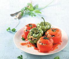 15 vegan και ελληνικές συνταγές που θα αγαπήσετε - www.olivemagazine.gr Vegan Recipes, Food Porn, Stuffed Peppers, Fruit, Vegetables, Eat, Vegane Rezepte, Stuffed Pepper, Vegetable Recipes