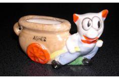 Ceramic Cat Novelty Ashtray