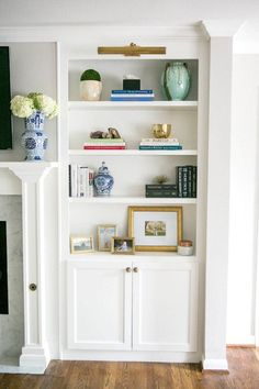 Trendy How To Decorate Fireplace Built Ins Mantels 43 Ideas. Trendy How To Decorate Fireplace Built Ins Mantels 43 Ideas Fireplace Bookshelves, Fireplace Built Ins, Bookshelves Built In, Bookcase Shelves, Bookcases, Cabin Fireplace, Decorate Bookshelves, Pine Bookcase, Country Fireplace
