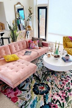 Beautiful Home Interior .Beautiful Home Interior Home Living Room, Living Room Designs, Hippie Living Room, Living Room Decor College, Decorating Small Living Room, 1950s Living Room, Boho Chic Living Room, Studio Living, Decorating Bedrooms