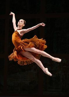 Maria Kochetkova (Principal Dancer, San Francisco Ballet) in premiere of Helgi Tomasson's 'Trio'