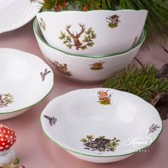 1 pc - Bowl - vol 3 dl OZ) CHTM - Fox motif This Forest Animals pattern can be or Rice Bowls, Soup Bowls, Herend China, China Bowl, Beautiful Soup, Cream Soup, Vegetable Bowl, Dinner Sets, Forest Animals