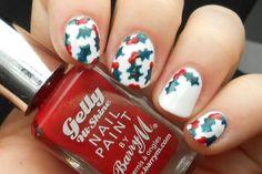Advent Tutorial: Holly Nail Art