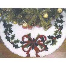 Latch Hook Kit For A Christmas Tree Skirt