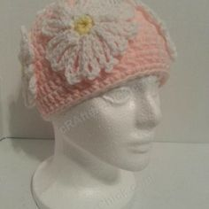 Head Full of Daisies Beanie Hat ~ free pattern