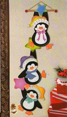 Wild Rose Studio`s stamp set Owls on Branch Felt Christmas Decorations, Felt Christmas Ornaments, Easy Christmas Crafts, Christmas Sewing, Christmas Wood, Christmas Projects, Christmas Time, Christmas Applique, Felt Crafts