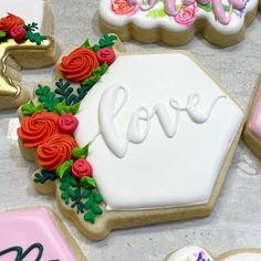 "Casey Bates on Instagram: ""*sneak* of the prettiest, floral-filled bridal cookies. 🌿🌺"""