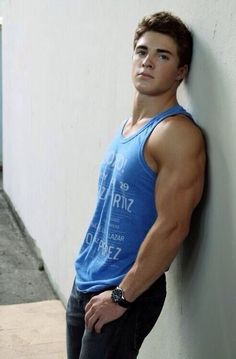 He may be a youngin, but good lord look at those arms ;)