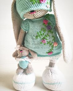 #игрушка#хочувhmd#хочу_в_ленту_yh#хэндмэйд#вяжутнетолькобабушки#вязаниекрючком#вязаниеякутск#Якутск#мастеркрафт#сделанослюбовью#вязаныйзаяц#ykt#onelovehandmade#livemaster#handmadeALL#handmade#fabbyfeed#toys_gallery#weamiguru#beautiful#bm_knitting#amigurumis#artisanland#artvsartist#art_handiworks#cute#craft#crochet#musolutionforlife