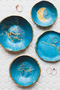DIY Clay Celestial Trinket Dish — Amanda Puleo Related posts: DIY Clay Celestial Trinket Dish DIY Clay Jewelry Dish… step-by-step tutorial, can imprint any quote or date on… – DIY Trinket Dish 30 einfache diy Clay Polymer Perlen Ideen … Diy Jewellery Dish, Diy Jewelry Rings, Diy Jewelry To Sell, Diy Jewelry Holder, Clay Jewelry, Diy Jewelry Plate, Amber Jewelry, Diy Clay, Clay Crafts