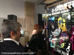 Les montres Casio colorent l'intérieur. Pop Up, Watch, Shop, Casio Watch, Wristwatches, Clock, Popup, Bracelet Watch, Clocks