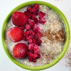A good alternative to oat meal. Quinoa is a rich protein source for after training. It is also a good source of fiber to aid in preventing constipation.  I make it with coconut or almond milk. Make a big batch and store in fridge for a quick breakfast or after workout meal . . . . . #nutrition #gethealthy #workingmom #athlete #fitness #teensports #schoolsports #nutrition #food4youngathletes #nutritious #eatgood #healthykids #bluelightwavehealth #collegeathlete #foods4thought #foodporn…
