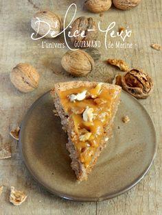 Le week-end est là, l'occasion de se faire plaisir avec un bon gâteau de saison. L' Arboisien est un gâteau aux noix (ou aux noisettes) et aux amandes originaire d'Arbois, une petite commune du Jura qui se trouve près de chez moi... Il est léger en bouche...