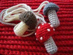 (4) Name: 'Crocheting : Mushroom Chapstick Holder