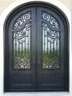super quallity wrought iron off .No tax outside for custom door. Free local pick up. No tax in California,Nevada,Utah,Arizona. Wrought Iron Doors, Arched Doors, Entrance Doors, Door Entry, Estilo Colonial, Iron Front Door, Front Doors, Double Door Design, House Gate Design