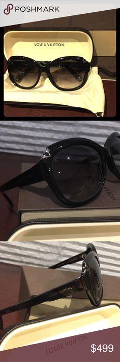 a75cc9cc22 LV Black Hortensia Cat Eye Sunglasses Like new