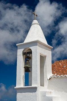 Ermita de la Virgen de los Reyes    Campanario de la Ermita de La Virgen de Los Reyes en la Isla del Hierro, Canarias, Españ