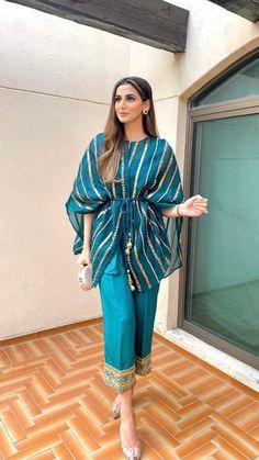 Casual Indian Fashion, Pakistani Fashion Party Wear, Indian Fashion Dresses, Indian Designer Outfits, Girls Fashion Clothes, Pakistani Outfits, Indian Outfits, Party Wear Indian Dresses, Stylish Dresses For Girls
