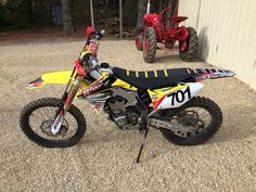 2013 Suzuki RMZ 450 for sale $4500.00 in Crossville, TN. If interested or for any additional pictures or information text or call Patrick 9312001374 or click for the link to the sale ad