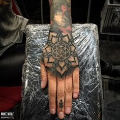 Tribal Hand Tattoos, Mandala Hand Tattoos, Hand Tattoos For Girls, Neck Tattoo For Guys, Small Hand Tattoos, Hand Tats, Tattoos For Guys, Tattoo Neck, Dope Tattoos