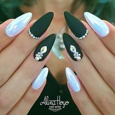 33 Breathtaking Designs For Almond Shaped Nails Matte Green Nails With Rhinestones Matte Green Nails, Metallic Nails, Almond Shape Nails, Almond Nails, Nails Shape, Acrylic Nails Almond Matte, Black Nail Art, Black Nails, Matte Black