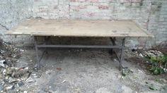 großer Werktisch mit MDF Platte gutes rollbares Stahlgestell