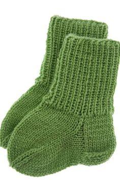 Suurenna kuva Kids Socks, Baby Socks, Baby Booties, Baby Knitting, Knit Crochet, Barn, Booty, Sewing, Crafts