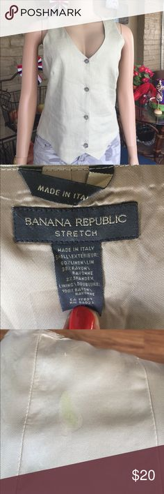 Banana republic best Banana republic vest made in Italy. Fully lined small stain on the lining. Sage green. Banana Republic Jackets & Coats Vests