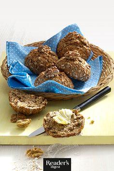Walnussbrötchen mit Banane Cereal, Cookies, Chocolate, Breakfast, Desserts, Food, Walnut Bread Recipe, Oven, Dessert Ideas