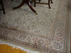 Sarouk oriental carpet